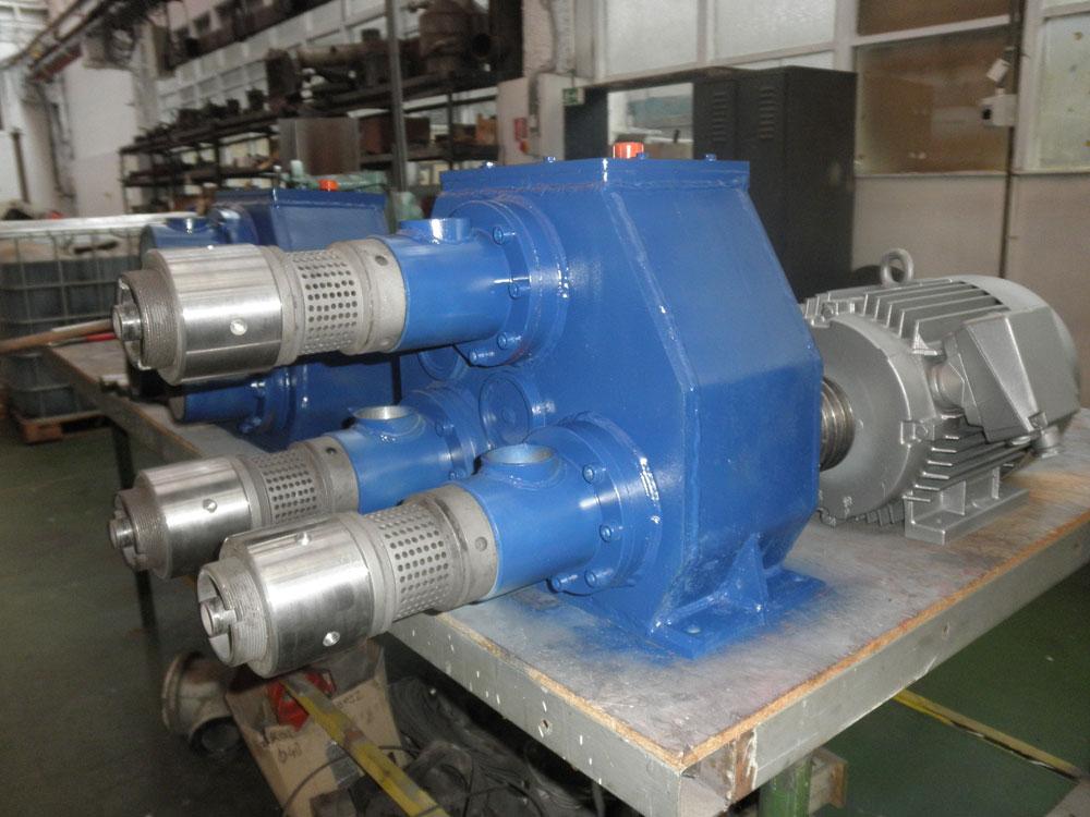 výroba a montáž lisov s malými kapacitami Kajman II, Kajman III